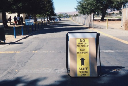 Sigh, the sign that's keeping students out. (Photo: Christine Bach)