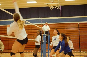 Irvington Girl's Volleyball earns a close victory over Moreau