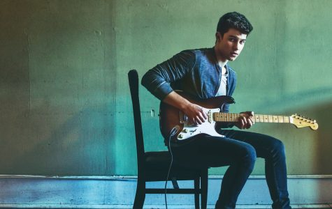 "Shawn Mendes's ""Illuminate"" will brighten your day"