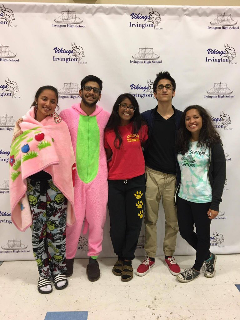 Junior LINK leaders gather for a picture at the photo booth. (Photo: Naman Patel)