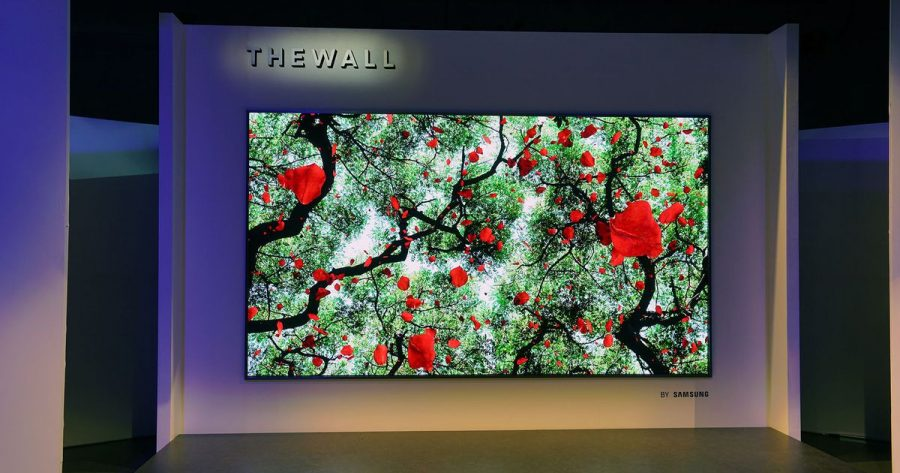 Samsung%E2%80%99s+%E2%80%9CThe+Wall%E2%80%9D+TV+is+a+whopping+146+inches+in+size.