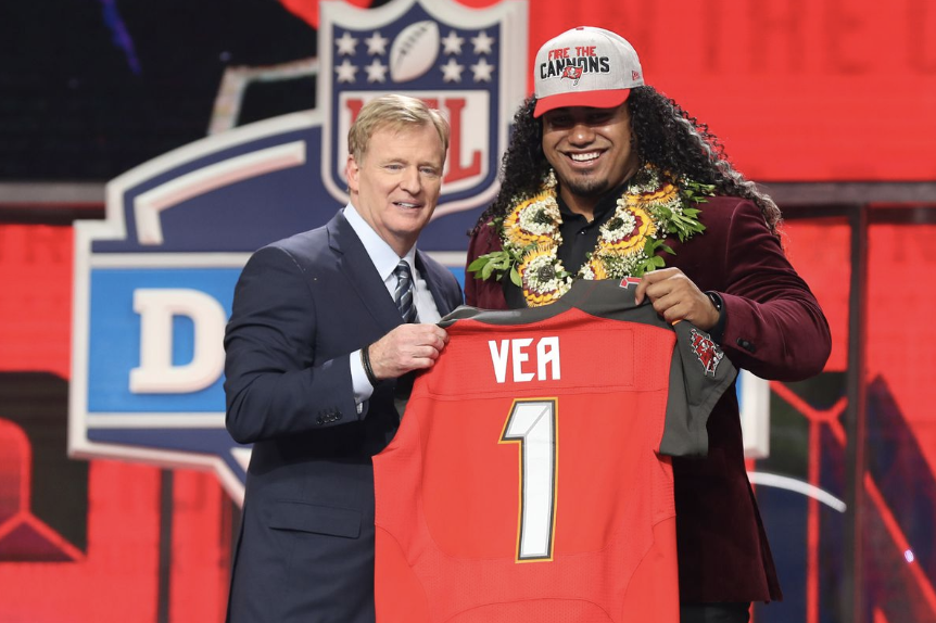 Vea shows off his Tongan heritage at the NFL Draft.