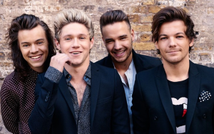 One Direction (- Zayn Malik) Gets Back Together