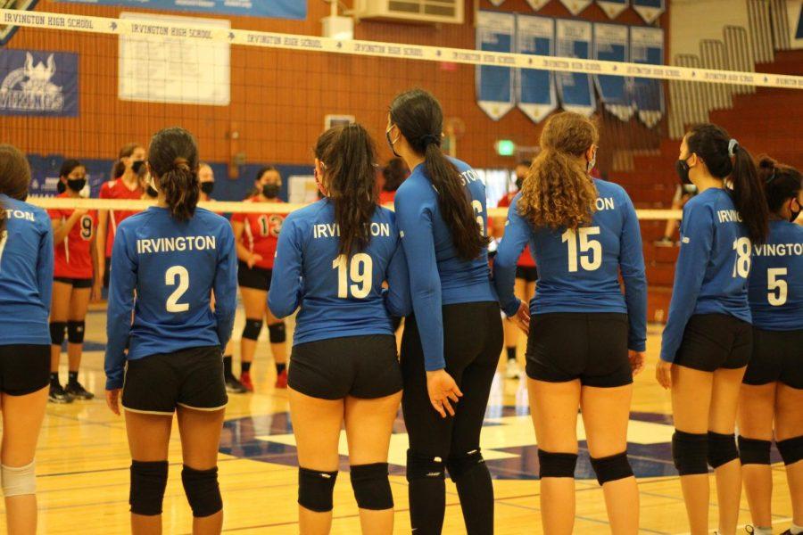 The Junior Varsity team prepares for a match against Fremont High School.